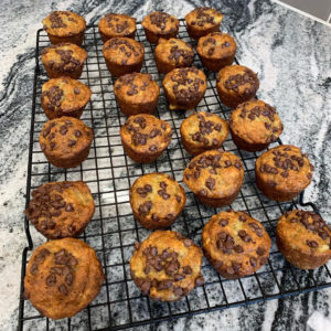 easy banana muffins with mini chocolate chips on top