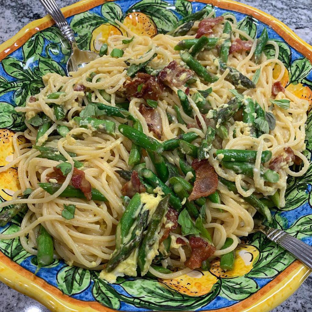 springtime spaghetti carbonara